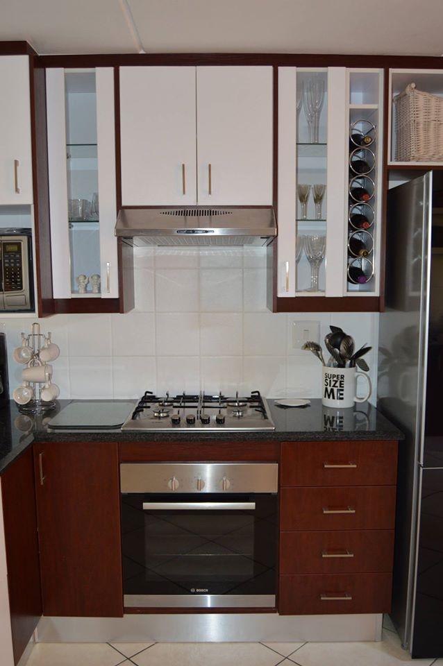 Royal mahogany melamine kitchen melamine kitchens for Royal mahogany kitchen designs